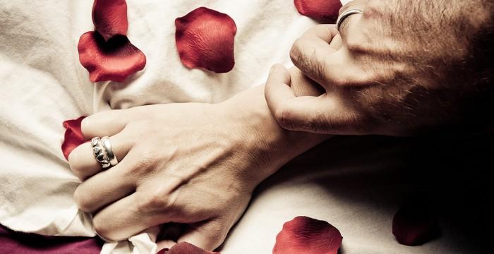 Amarres de amor para revivir la pasión en tu relación